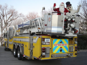 Ashburn Village Santa Parade with Ashburn Volunteer Fire and Rescue Department